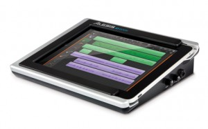 iDock Audio interface for iPad